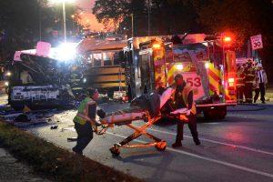 JAV susidūrus mokykliniam ir miesto autobusams žuvo šeši žmonės