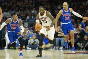 """NBA: """"Spurs"""" vėl suklupo namuose, L. Jamesas perrašė rekordų metraštį"""