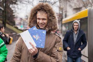 Kalėdinės staigmenos vilniečių laukia ir viešajame transporte
