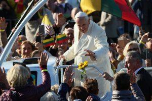 Maldininkai ir vyskupai Romoje padėkos popiežiui už vizitą Lietuvoje