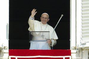 Lietuvos tikintieji prisidės prie popiežiaus iniciatyvos aukoti Ukrainai