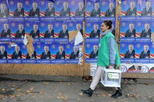 Gruzijos valdančioji partija per rinkimus užsitikrino daugumą parlamente
