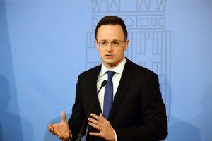 Vengrijos ministras: ES reikia įvertinti sankcijų Rusijai rezultatą