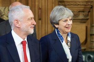Britanijos leiboristų lyderis J. Corbynas žada siekti pirmalaikių rinkimų