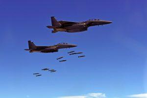 Lietuvoje planuoja treniruotis JAV bombonešiai