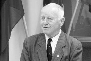 Netektis: mirė ilgametis Neringos vadovas, buriuotojas A. Puslys