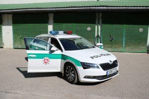 """Alytaus policija pažeidėjus gaudys su išmaniąja """"Skoda Superb"""""""