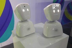 Sergantiems vaikams padės robotukai