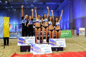 Lietuvės tinklininkės Slovėnijoje iškovojo sidabro medalius