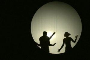 """""""Lėlės"""" teatras į spektaklį pakvietė ir suaugusiuosius"""