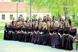 """VU merginų choras """"Virgo"""" kviečia į jubiliejinį koncertą"""