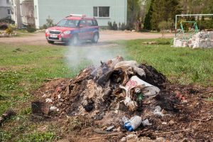 Žaliąsias atliekas Vilniuje priima ir tvarko trys tam skirtos aikštelės