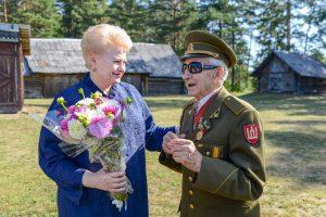 Prezidentė apie partizanus: tautos didvyriai niekada nebus pamiršti