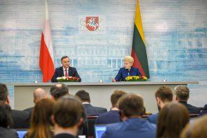 Po A. Dudos vizito – lūkesčiai dėl lūžio Lietuvos ir Lenkijos santykiuose