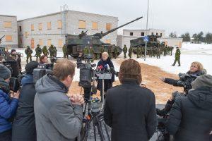 Prezidentė: NATO pratybos – agresorių atgrasymo plano dalis