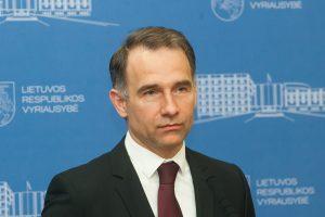 Susisiekimo ministras prakalbo apie verslo atstovų grasinimus