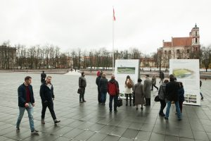 Už Lukiškių aikštės memorialo projektus balsuoti galima ir bibliotekose