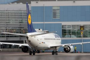 Oro uostai bando išplėsti skrydžių iš Lietuvos geografiją