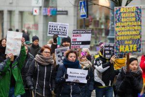 Daugėja gyventojų, žinančių, kur kreiptis dėl pažeistų žmogaus teisių