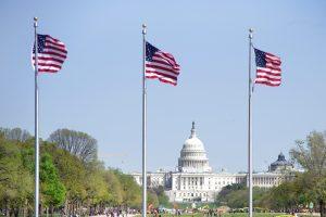 JAV stabdo dalies vizų išdavimą Rusijoje, baltarusiai kreipiami į ambasadą Vilniuje