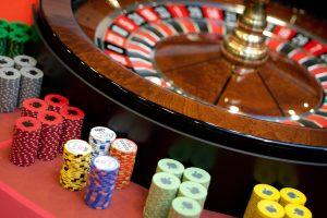 Lošimų organizatoriai uždirbo daugiau