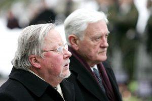 Seimas balsuos dėl Laisvės premijų V. Adamkui ir V. Landsbergiui