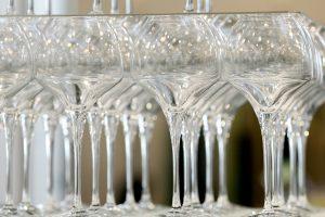 Alkoholio ribojimai 19-mečiams – ne problema: vis tiek kas nors nuperka