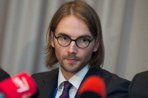 Lietuvos oro uostų vadovas: mes neturėsime nacionalinių avialinijų