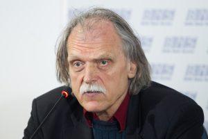 """Po grasinimų """"pakasti"""" V. Rubavičius kreipėsi į teisėsaugą"""