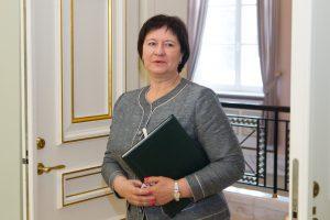 Kadenciją baigiančių ministrų komandiruotės – į Kiniją, Maroką