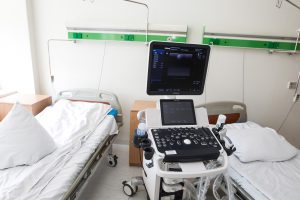 Ministras apie ligoninių reformą: neturime intereso pažeisti Konstituciją
