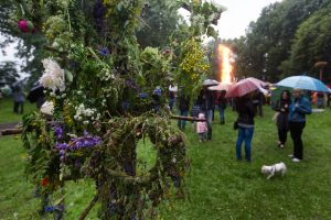 Joninių savaitgalis – vėsus ir su lietumi