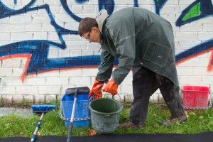 Kaip Vilnius kovoja su grafičių piešėjais?