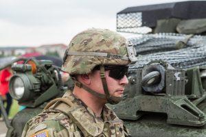 Karinių pirkimų planavimą ministerija ketina pavesti kariuomenei