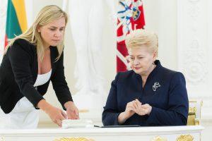 Prezidentė pasirašė Šeimos stiprinimo įstatymą