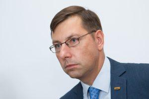 G. Steponavičius nesitraukia ir po Seimo pirmininko raginimo