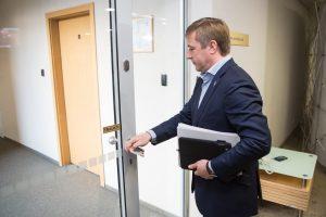 Etikos komisija pradės tyrimą dėl nedeklaruoto R. Karbauskio turto