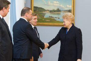 """Lietuva gali siųsti karius į Iraką kovoti su """"Islamo valstybe"""""""