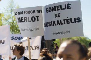 Prie Seimo – protesto koncertas dėl planų riboti alkoholį