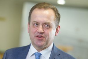 Sprendimą dėl apkaltos A. Skardžiui Seimas atidėjo šeštadieniui