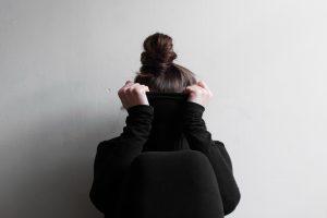 Skambina pavojaus varpais: savižudiškas elgesys būdingas 40 proc. jaunimo