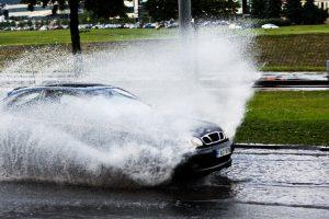 Aptaškė automobilis: ar realu gauti kompensaciją?