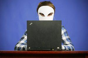 Skaitmeninis piratavimas: sekti ir bausti ar ieškoti kitų kovos būdų?