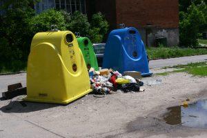 Atliekų surinkimo keistenybės Lietuvoje: surenkama daugiau nei įmanoma