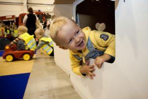 Suka galvą, ar rengti vaikų kambarius valstybinėse institucijose