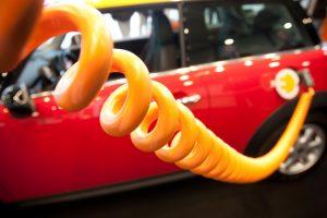 Magistralėse jau veikia 10 naujų elektromobilių įkrovimo prieigų