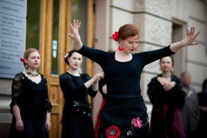 VU didįjį kiemą užlies ugninga flamenko judesių poezija