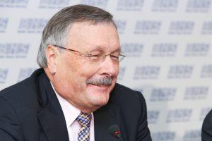 Balta varna: biudžeto netuštino vienintelis Seimo narys S. Brundza