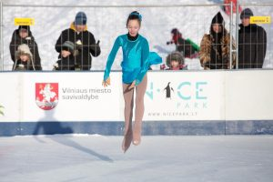 Vilniečiai jau gali džiaugtis pirmosiomis ledo čiuožyklomis