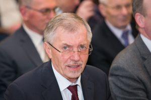 """Seimo komitetas atvėrė kelią dotacijai """"socdarbiečiams"""""""